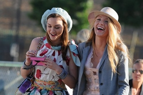 blair-serena-gossip-girl--large-msg-134023533139